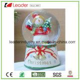 Figurine di Waterglobe di natale del globo della neve della sfera di Crystall per la decorazione domestica, globo su ordinazione dell'acqua