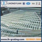 La estructura de acero galvanizado Escalera de la plataforma chirrido piso