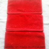 Цвет хлопка из жаккардовой ткани из тончайшего рельефным логотипом банными полотенцами.