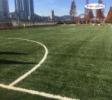 Erba sintetica Anti-UV per i giochi calcio/di gioco del calcio