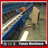 機械生産ラインを形作るPUの泡のローラーシャッタードアのスラットロール