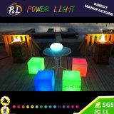 Illuminazione esterna ricaricabile del cubo del LED