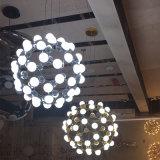 Luz decorativa do candelabro do metal da lâmpada a mais nova da máscara da esfera de vidro para o hotel