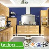 O luxo moderno Despensa de cozinha em madeira maciça