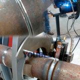 管のティグ溶接機械への黒い穏やかな鋼鉄管