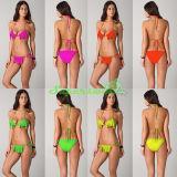 Reizvoller Fluoreszenz-Troddel-Bikini