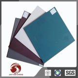 Feuille rigide de PVC de gris en plastique