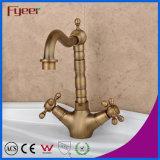 Le robinet du bassin de bronze antique Fyeer avec double croisillon