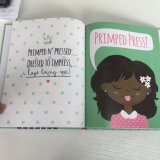 ハードカバーの児童図書、多彩な印刷、縫う不良部分