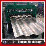 機械を形作る車のパネル・コンテナの壁版ロール