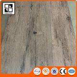 Plancher en bois bon marché en bois de couleur de Vinly de carrelages de PVC