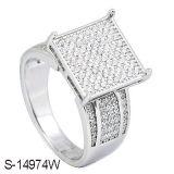 14k 금에 의하여 도금되는 CZ 반지를 가진 925의 은 형식 여자 반지