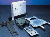 1mm/2mm/6mmの厚い鋼板の金属のキャビネットの製造レーザーの切断の部品