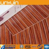 Revêtement en vinyle en PVC à grain de bois autoadhésif