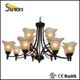 Grande lampadario a bracci del ferro saldato dell'ingresso o dell'atrio