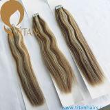 Estensione di trama dei capelli del nastro della pelle bionda chiara diritta serica di colore