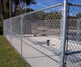 A torção Quente-Mergulhou a cerca galvanizada da ligação Chain para o estádio