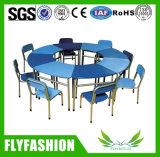 Conjunto simples Kids School Furniture Cor mesa de madeira com cadeira