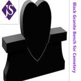 墓地の記念物のための自然で黒い花こう岩の墓石をカスタム設計しなさい