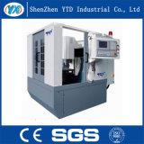 CNCの彫版機械倍によって切り分けられるガラスタッチ画面機械