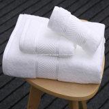 Fabbricazione bianca su ordinazione 100% del tovagliolo di bagno dell'hotel del Terry del cotone