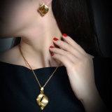 贅沢な女性の最新のモデル金の方法宝石類は石なしでセットした