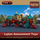 Speelplaats van het Gebruik van de school de Openlucht Plastic met Schommeling en Dia (x1507-8)