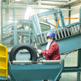 Le pneu chinois 215 55r17 225 55r17 235 55r17 205 50r17 245 45r17 205 40r17 de haute performance d'usine vendent le prix radial de pneu de véhicule d'UHP