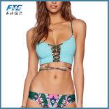 Reizvoller Frauen-Bikini-Unterseiten-brasilianischer Badeanzugbeachwear-Bogen zurück