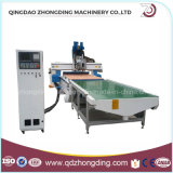 Machine de traitement du bois numérique automatique avec le chef de l'axe 4