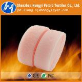 La chaleur et dispositifs de fixation en nylon colorés de crochet et de boucle de résistance froide