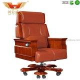 Chaise en cuir utilisée, chaise en cuir exécutive, chaise en cuir rougeâtre de bureau
