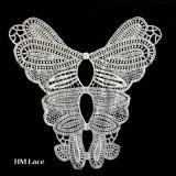 Вставьте втулку в форме бабочки спицы Applique цветов для бархата кукла платье X022