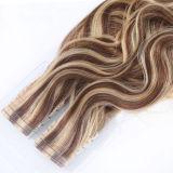 Estensione di trama dei capelli umani dei capelli del nastro senza giunte della pelle di Remy dell'essere umano di 100%
