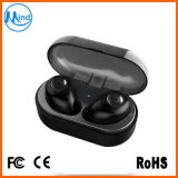 Trasduttori auricolari stereo senza fili di Bluetooth con la casella di carico