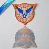 ユニフォームのための熱い販売のカスタム刺繍パッチ