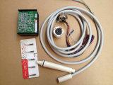 Écailleur piézo-électrique ultrasonique avec l'éclairage LED de dentaire