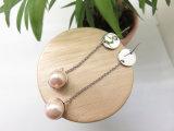 方法銀製のめっきのピンクの真珠はしぶきの球の低下のスタッドのイヤリングをぶら下げる