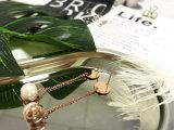 女性のためにめっきされるローズの金が付いている真鍮の銅の白い真珠の長いイヤリング