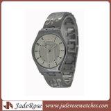 Fashion Lady montre-bracelet en alliage de Style Watch Watch N ew