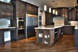 Café americano do estilo que vitrifica o gabinete de cozinha projetado de madeira