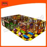 Campo da giuoco dell'interno dei bambini del centro del gioco del gioco del raggruppamento della sfera