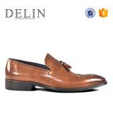 新しいデザイン最上質の人の偶然靴のスリップ