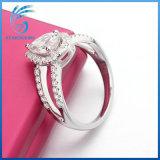 Ring van de Manier van de Diamant Moissanite van de Besnoeiing van de Vorm van de peer de Briljante Witte voor Overeenkomst