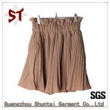 Saia curta de pregas de moda personalizada com forro de calças