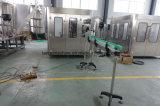China Embalados Beber água mineral enchendo a linha de produção de Embalagem