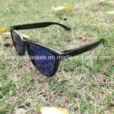 Fatto in occhiali da sole di buona qualità della Cina con l'obiettivo polarizzato di Tac