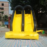 上昇の壁が付いているカスタマイズされた幼稚園のスライドの防水の防水シートの膨脹可能なスライド