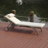 Rattan esterno della mobilia di svago del giardino/presidenza di piattaforma piegante facile registrabile della piscina del patio salotto di vimini della spiaggia con le rotelle