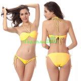 Reizvoller Querhalter-Zeichenkette-Bikini für Frauen